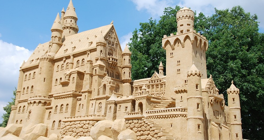 sculptures-sand